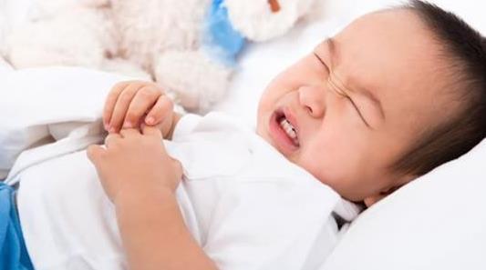 宝宝肠胃炎怎么办?宝宝腹泻高发期,当心是肠胃炎!