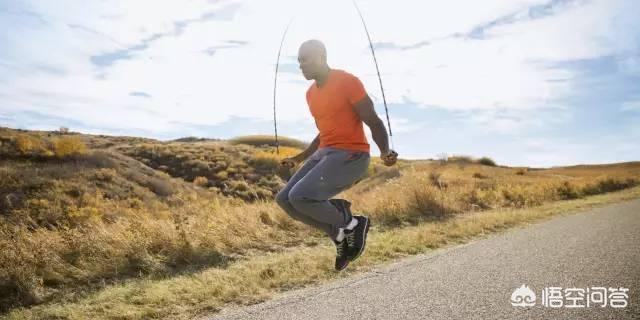 跳绳是不是有氧运动,减肥效果怎么样,会伤膝盖吗?